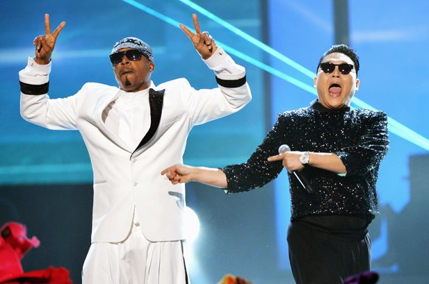 AMAs 2012 Photos: Show & Backstage Pics From the American Music Awards