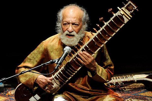 Ravi Shankar Photos: The Sitar Legend & His Famous Friends