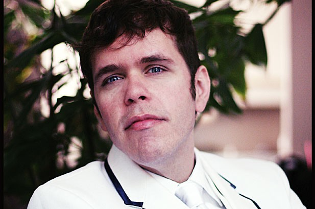 Perez Hilton Reveals How He Picks the Hits