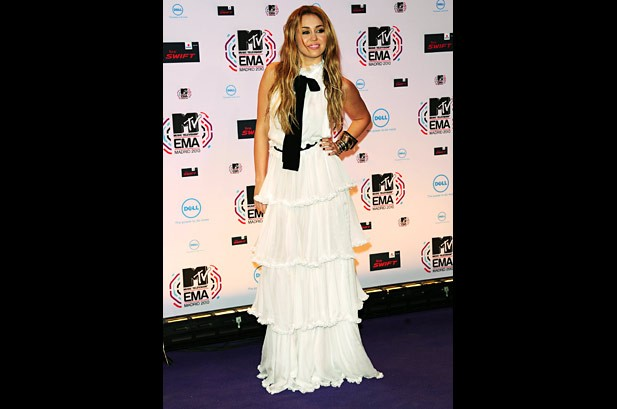 Lady Gaga Tops MTV European Music Awards