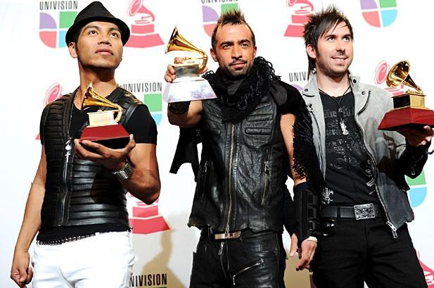 Camila, Juan Luis Guerra Win Big at 2010 Latin Grammy Awards