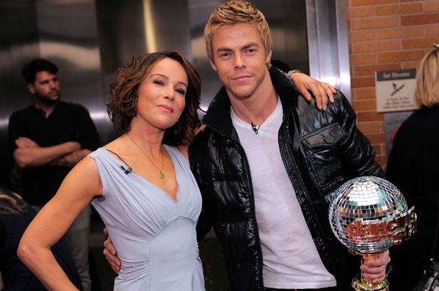 Jennifer Grey Wins 'Dancing With the Stars'