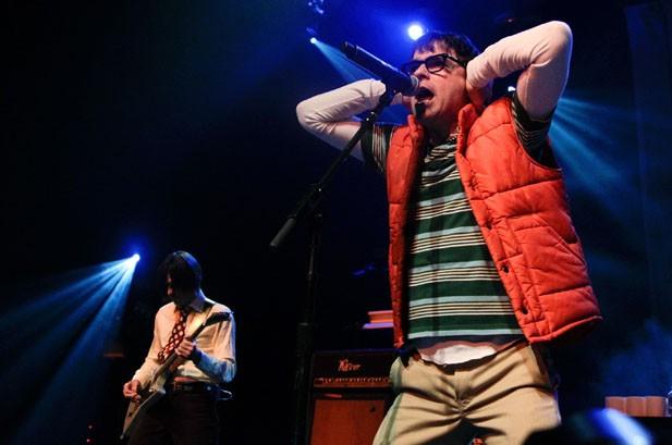 Weezer Brings Musical 'Memories' to NYC's Roseland Ballroom