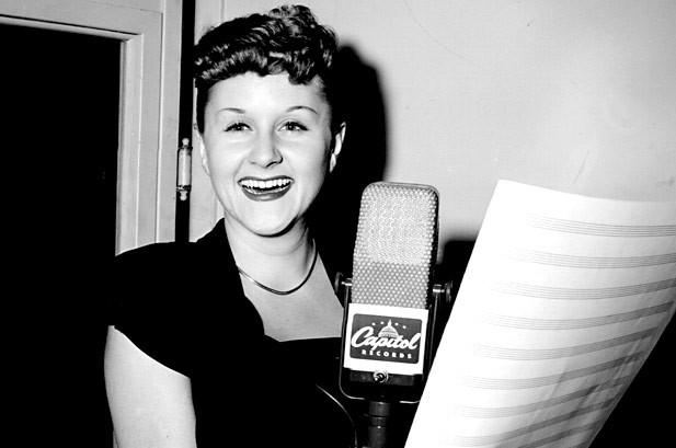 Margaret Whiting, Iconic Standards Singer, Dies at 86