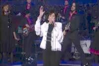 Wanda Jackson and Jack White 'Shake' 'Letterman'