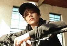 Usher Introduces Teen Singer Justin Bieber