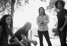 Alice In Chains Reunion 'Gives Way' To New Album, Tour