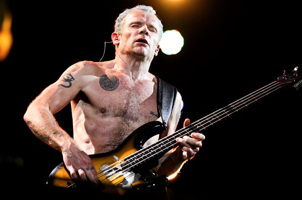 1125911414_1771281819001_2463309-flea-red-hot-chili-peppers-lollapalooza-2012-617-409